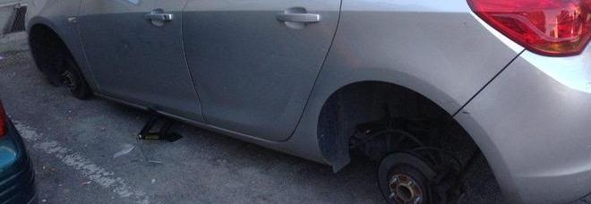 La banda dei pneumatici colpisce anche Vietri sul Mare