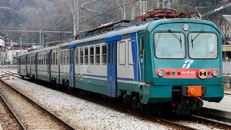 Esplosione sulla Linea Napoli-Salerno:  5 feriti