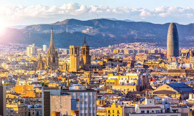 Barcellona dal 16 al 19 gennaio - volo da Napoli... a partire da 240 euro/persona