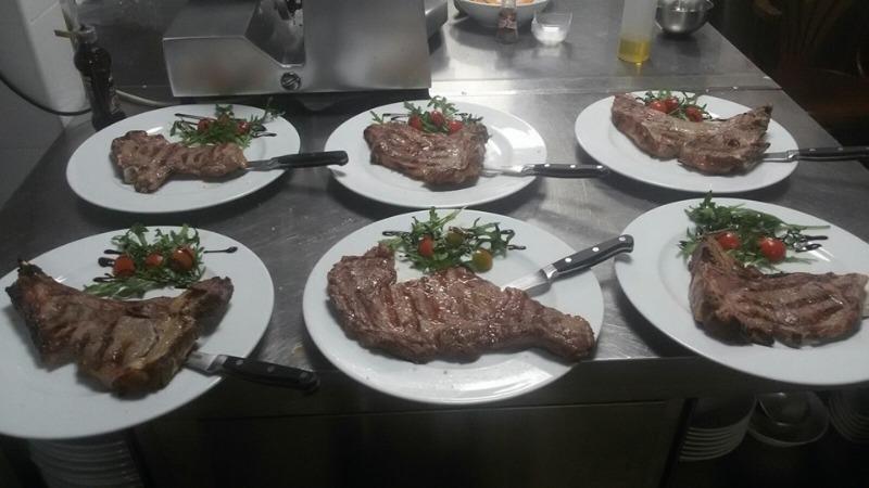 Vieni a provare le nostre bistecche di scottona podolica