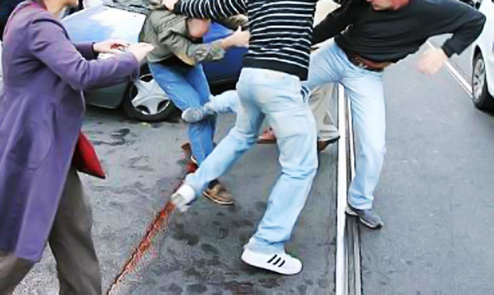 Commerciante salernitano picchiato e derubato in Toscana