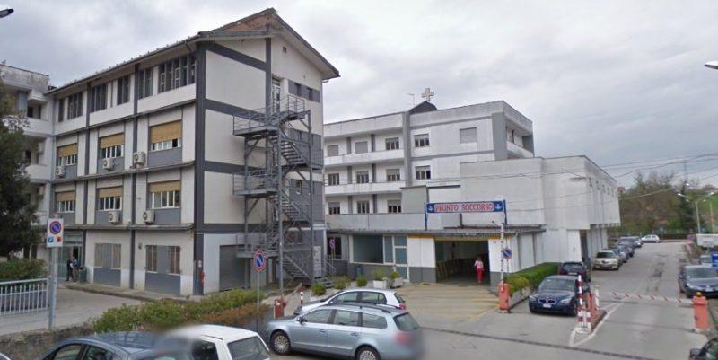 Ospedale di Polla: effettuato il primo espianto di cornea