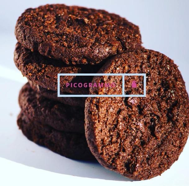 Cioccolato e sale. Con un raggio di sole. Enjoy your breakfast.