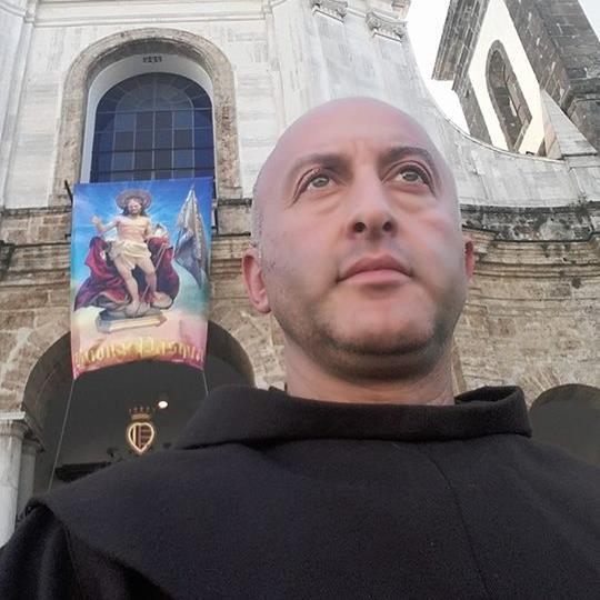 Cava de' Tirreni, Padre Gigino rassicura: 'Io sto qui'