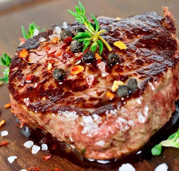 O amate la carne o ve ne innamorete