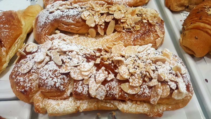 La colazione è sempre più golosa al TriticuM...brioches e cornetti ai cereali per i più salutisti....e, soprattutto, di nostra produzione