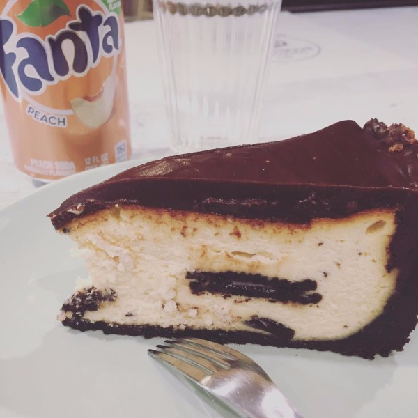New York oreo cheesecake e special Fanta peach