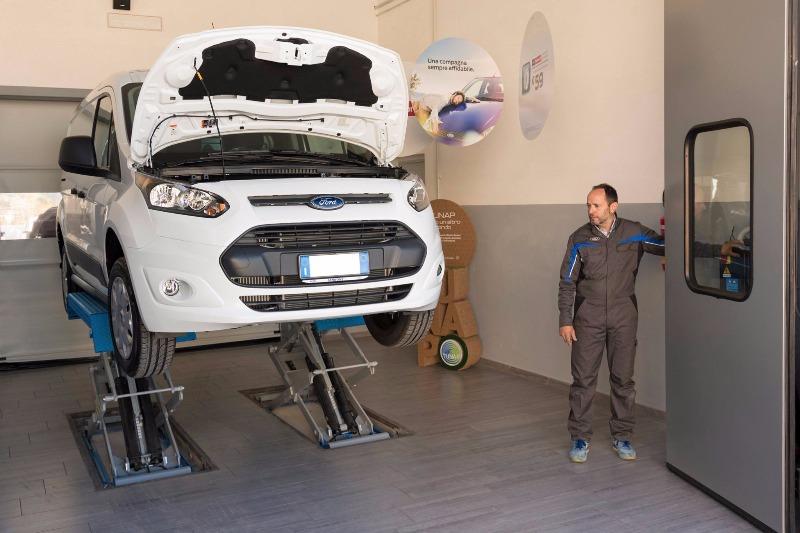 Per la sua grande professionalità Ford Iannone Baronissi ha ricevuto il Premio Performance