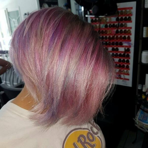Un pieno di energia,di salute,di equilibrio di forza di lucentezza il protocollo cosmetico che rende i capelli favolosi