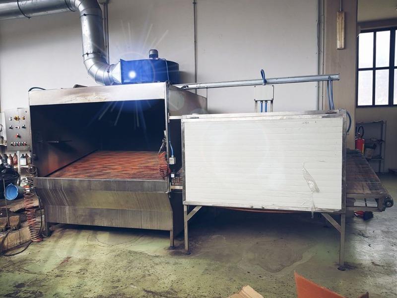 Cabina spruzzo manuale completa di forno