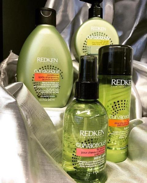Cura i tuoi capelli ricci con prodotti specifici