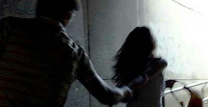 Cava de' Tirreni: rapinata e picchiata in ascensore, 7 anni per l'aggressore