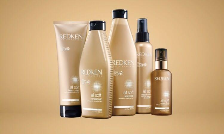 Trattamento con 6 olii idratanti per lucidare e ristrutturare ogni tipologia di capelli