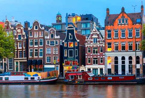 Vola ad AMSTERDAM - volo a/r + hotel 3*  - con 270 euro