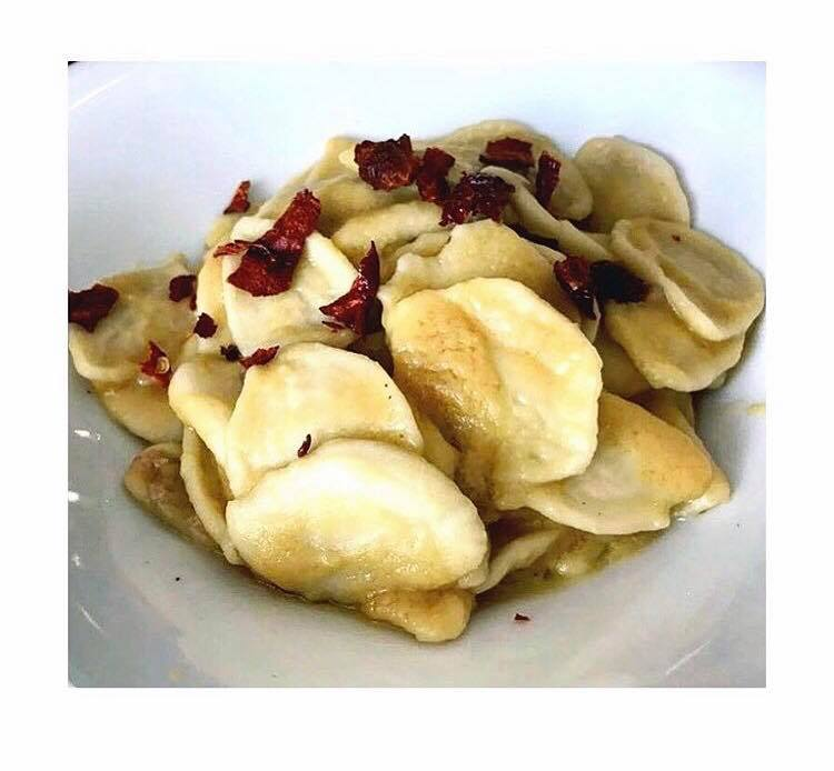 Strascinato con Crema di Ceci, Pancetta, Peperone Crusco e Pecorino