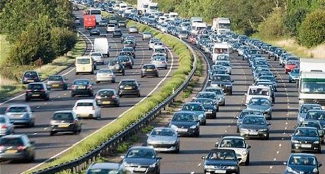Salerno: auto contromano in tangenziale