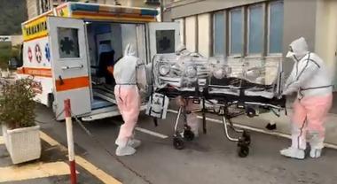 Due donne positive al tampone del coronavirus in provincia di Salerno