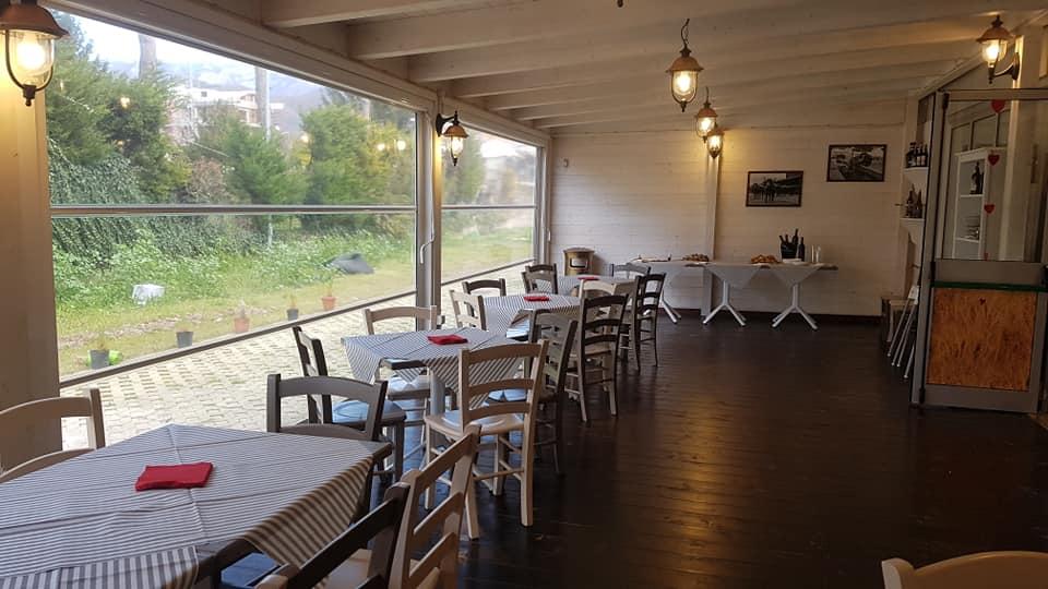 Per ogni festa privata, vi aspettiamo nella, caratteristica, sala riscaldata con un'ampia scelta di menu à la carte o buffets