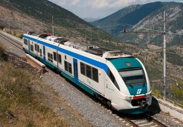 Treni Napoli-Salerno: da lunedì 28 ritorna la normale circolazione
