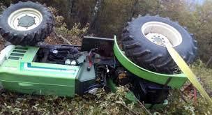 Agricoltore perde la vita a Sassano: è rimasto incastrato nel trattore