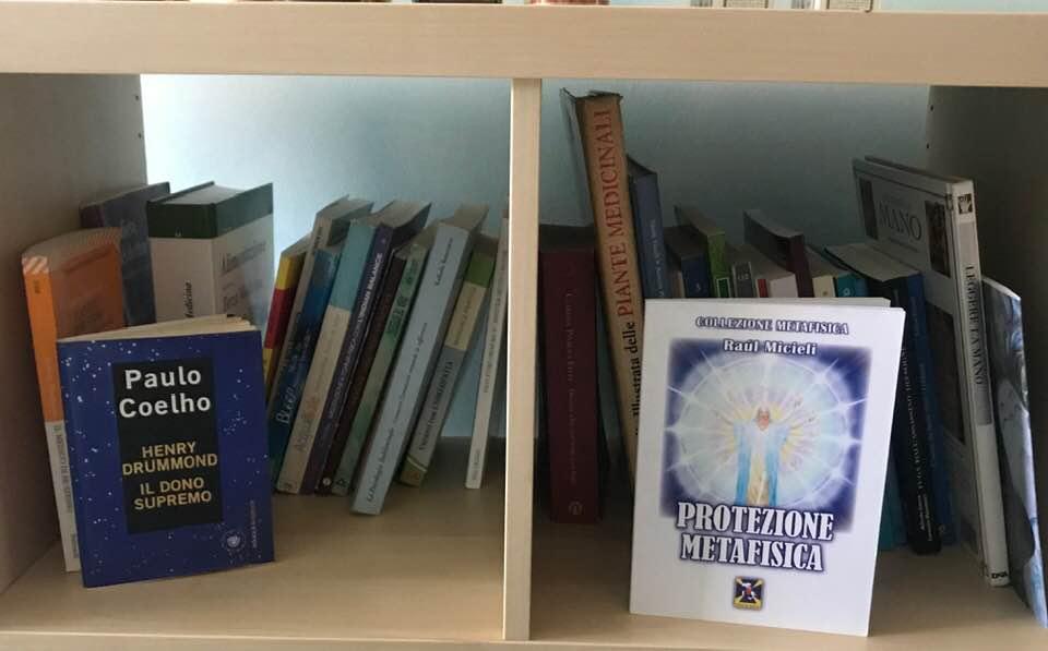 Vieni da noi... potrai consultare e leggere libri di conoscenza spirituale