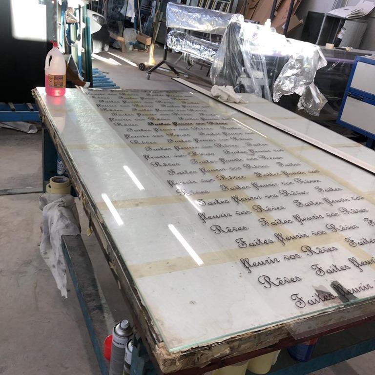 Preparazione pellicola in stampa digitale da applicare all interno di una porta laminata