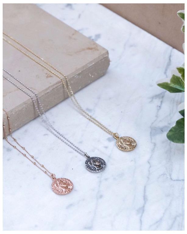 collane vintage con moneta pendente in argento 92