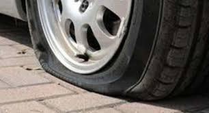 Salerno, raid vandalico contro numerose auto in sosta