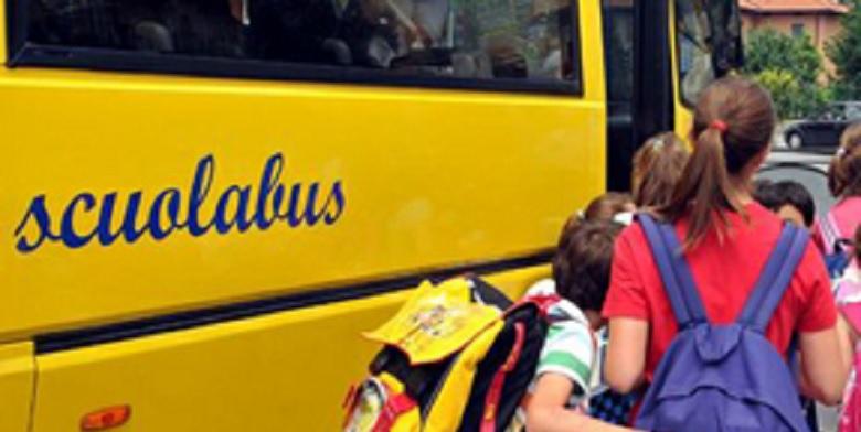 Bimba di colore insultata a scuola da un alunno razzista