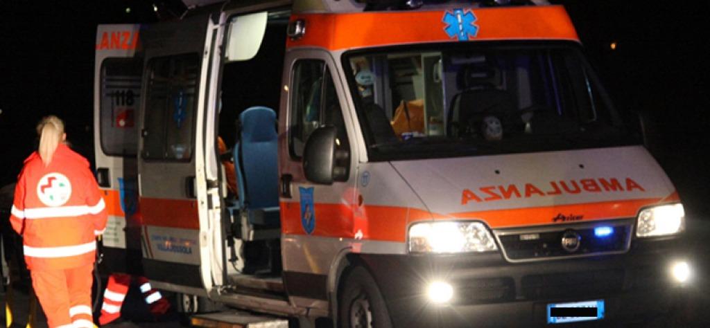Baronissi, incidente tra auto ed ambulanza con paziente a bordo