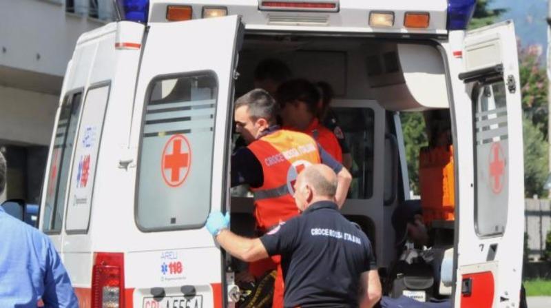 San Mango Piemonte, 46enne precipita dal secondo piano e muore.