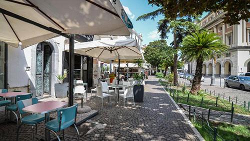 Salerno, i locali di via Roma saranno costretti a cambiare look