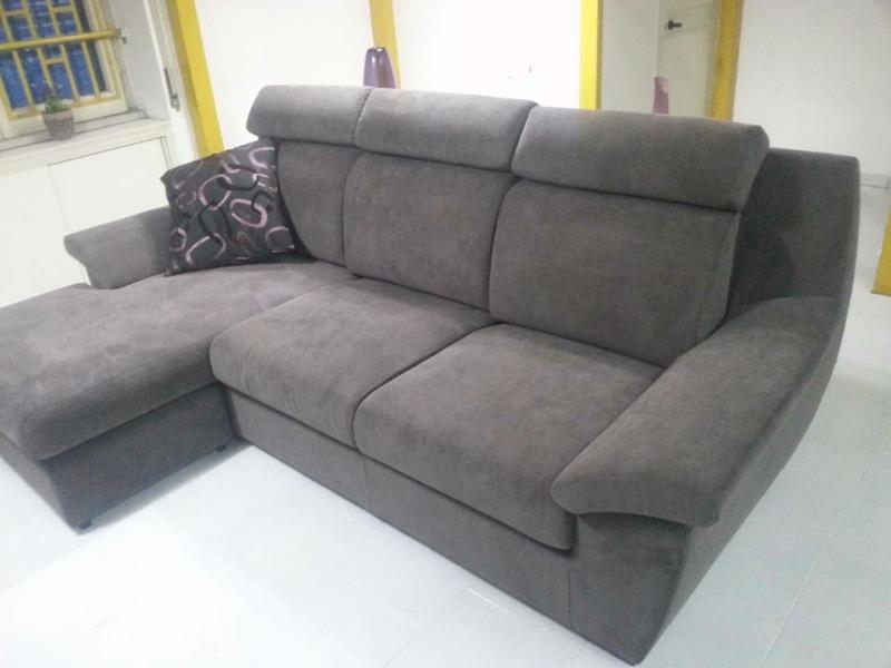 divano con penisola reversibile Euro 850