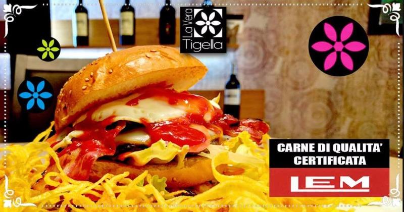 Siamo i primi in Campania a fare la Vera Tigella e siamo tra i pochi ad offrirti una selezionata carne di qualità