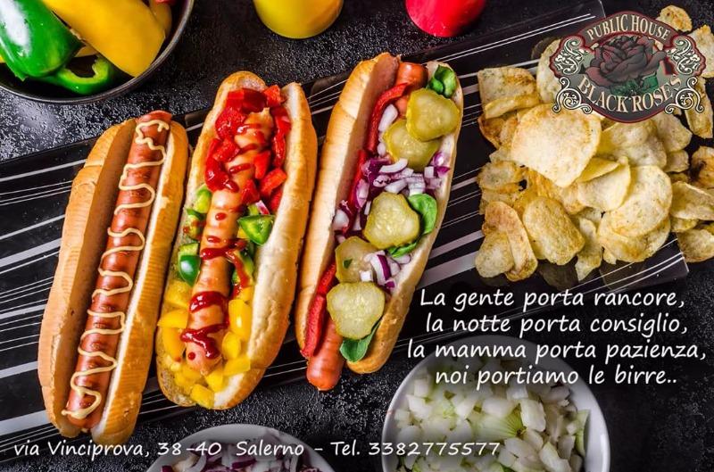 Vieni a provare i nostri hotdog gourmet