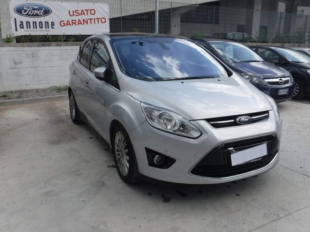 Ford C-max : versione Titaniun e fulloptional