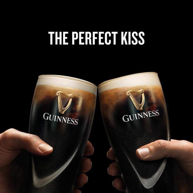L' alba di una nuova era al black roses irish pub
