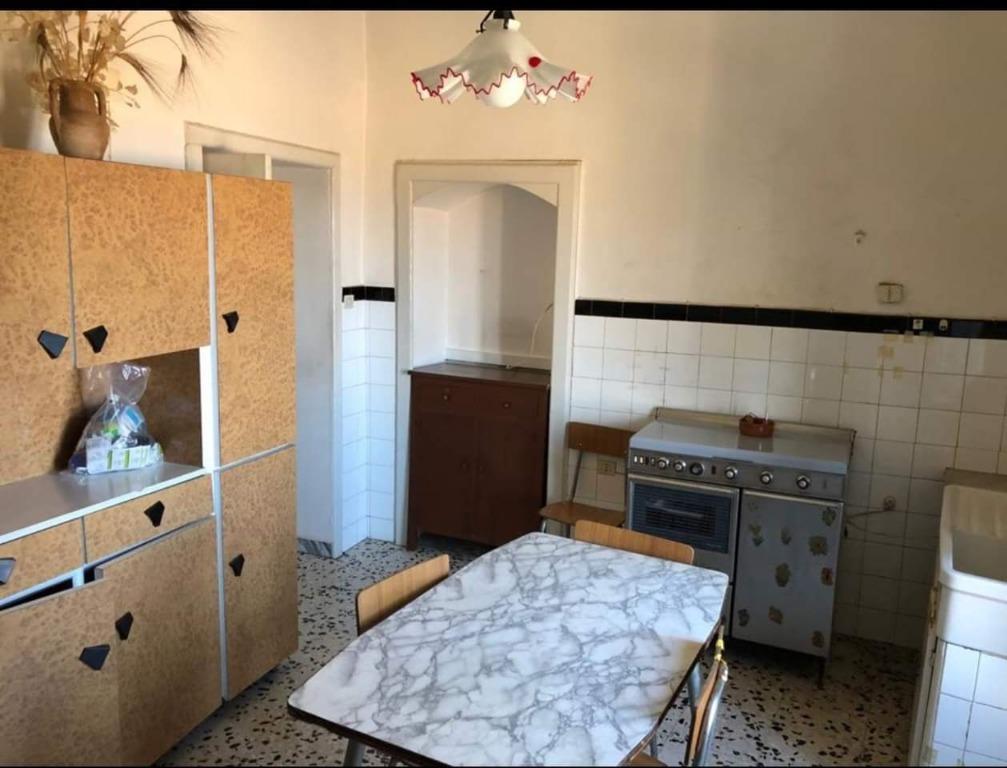 Vendesi a pochi Km da Acciaroli in località San Mauro Cilento € 119.000