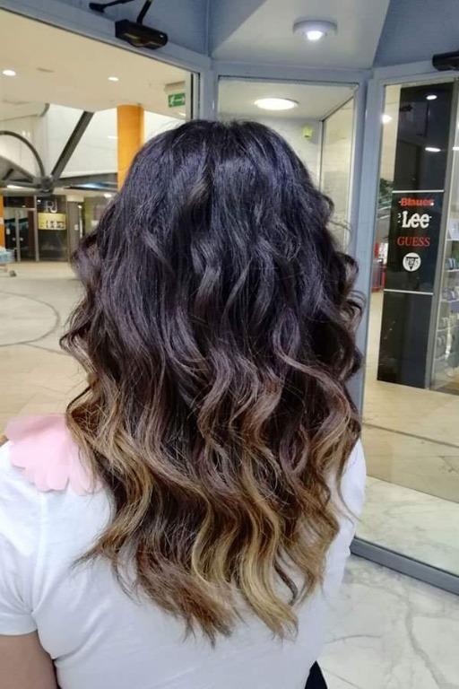 Prenditi sempre cura dei tuoi capelli e non esitare a chiedere aiuto al preparatissimo team di #HairstyleAM