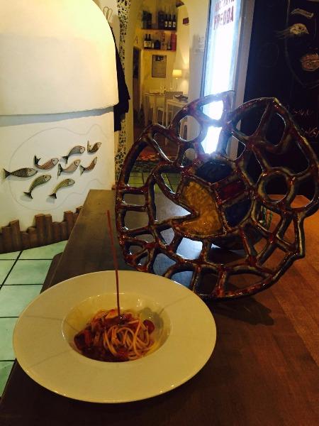 Spaghetto di Vicidomini con colatura di alici e pomodorini del Piennolo