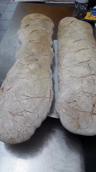 Pane fatto da noi forno a legna impasto speciale