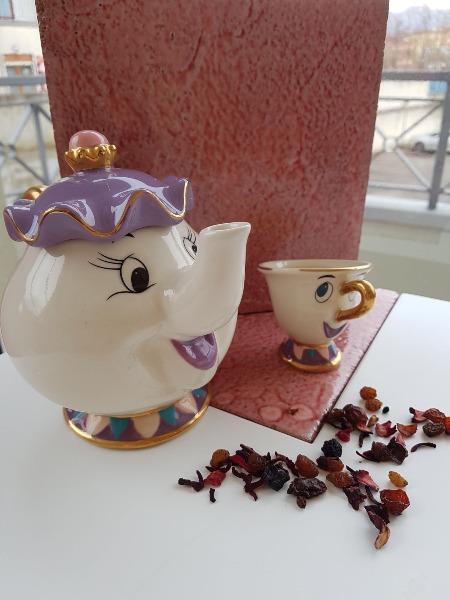 E la favola del thè da noi si serve così