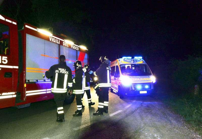 Eboli, incidente stradale sulla statale 18. Due i feriti
