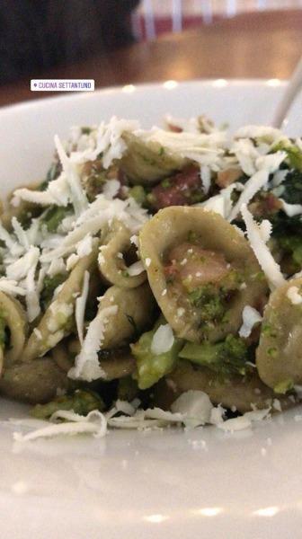 Orecchiette di grano saraceno con broccoloni alici e cacio