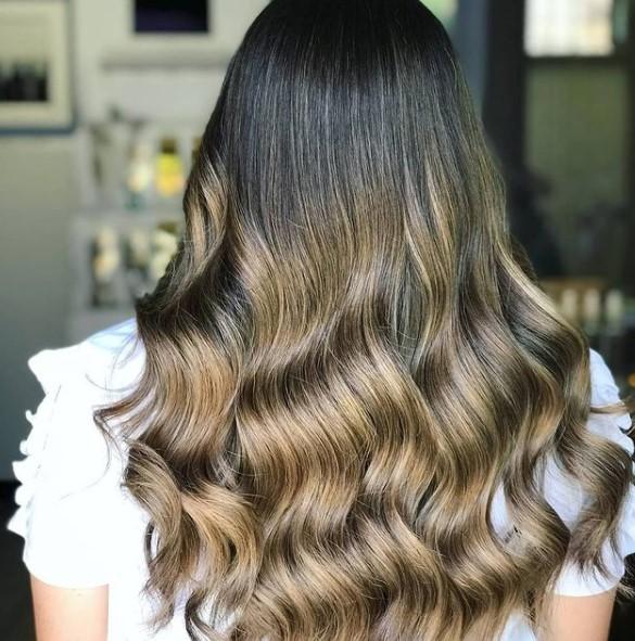 #sfumaturedasogno #sfumature #haircolor #vividcolor #stanyartenjoy #novita #coloriparticolari #hairstyles #hairpainting #Parrucchieri #biondo #oro #top  #colorkeysystem #vividhair #colorfull #stany #cavadetirreni #stanycava