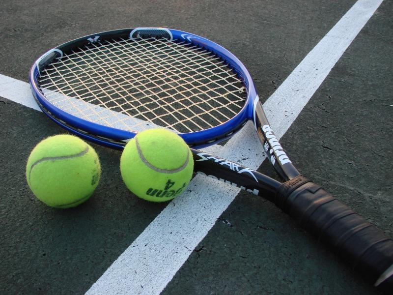 Medico 45enne stroncato da un infarto mentre giocava a tennis