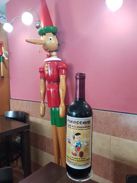 Il pranzo da Pinocchio è di.....Vino