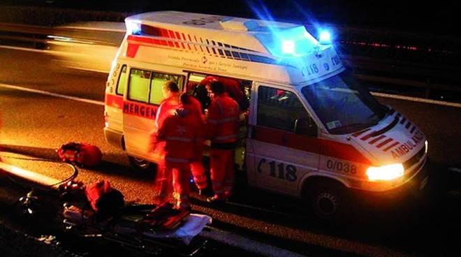 56enne colto da infarto nel centro di Cava de' Tirreni
