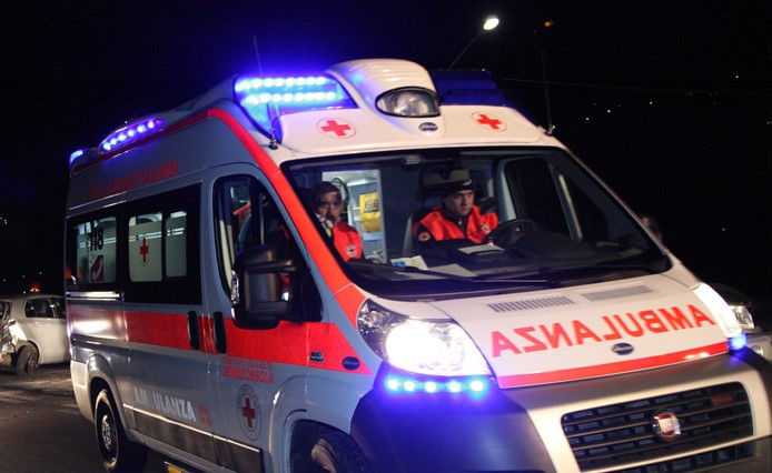 Incidente a Pontecagnano: in gravi condizioni uno dei feriti
