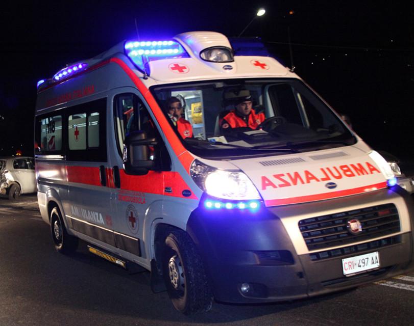 Incidente automobilistico nel salernitano: 86enne perde la vita